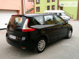 Renault Grand Scenic 110 dci                                            2012